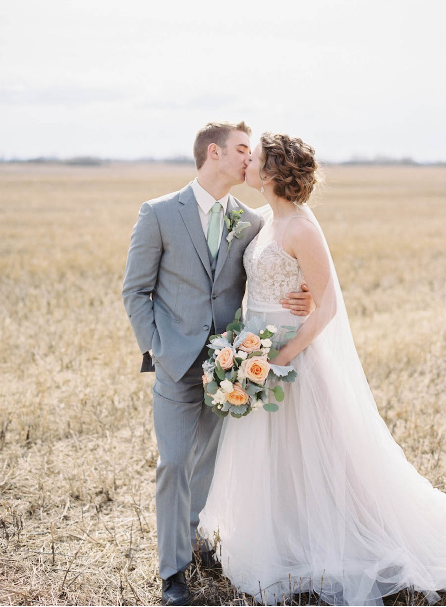 Canadian-Prairie-Real-Wedding-Portraits