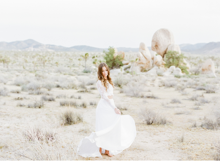 Desert-Wedding-Inspiration