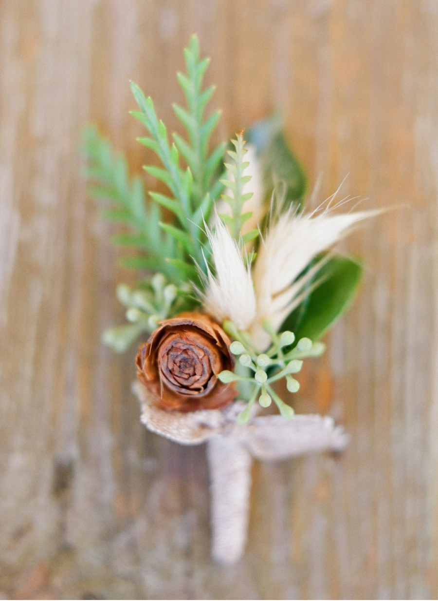 Pinecone-Boutonniere