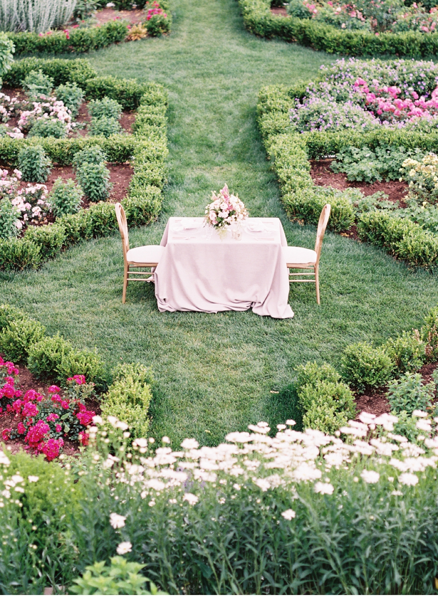 Niagra-Ontario-Spring-Wedding-Inspiration