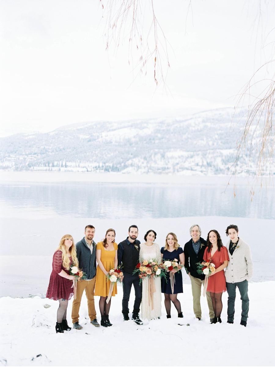 Wedding-Party-by-Lake-for-Winter-Wedding