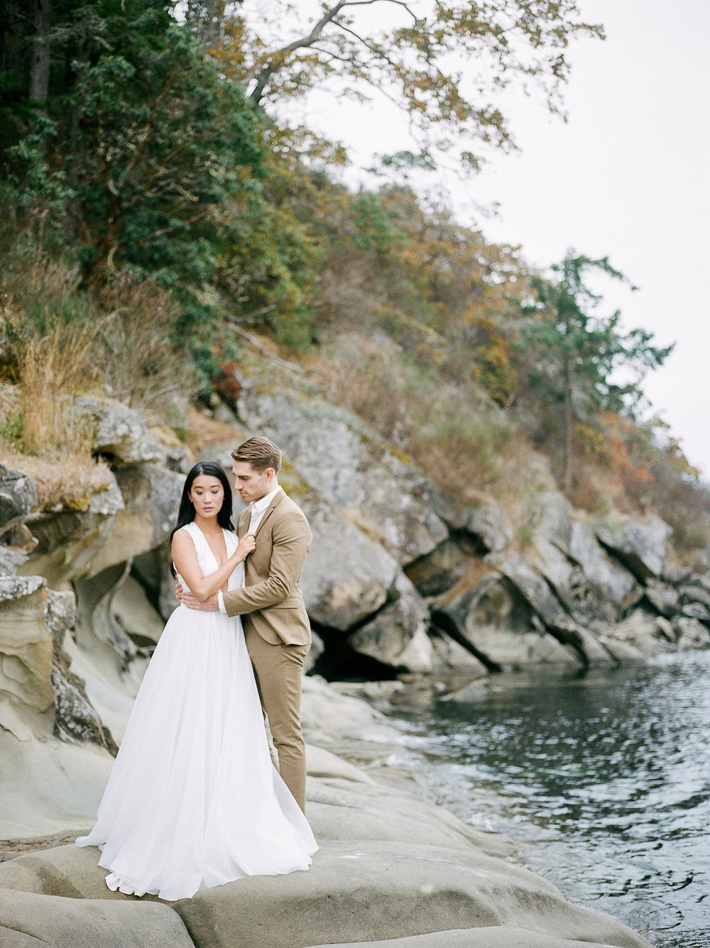 Keila-Marie-Photography-Galiano-Island-Wedding_0020.jpg