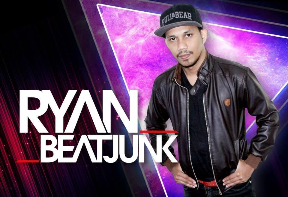 RYAN BEATJUNK Resident DJ @ Zona Cafe Makassar