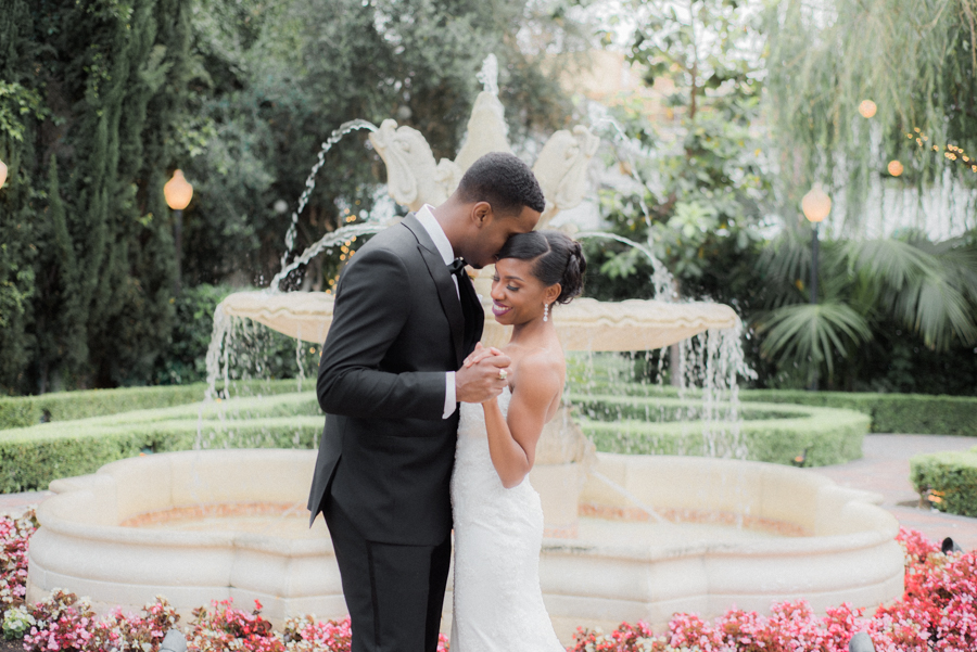 jessica&curtis_the_taglyan_complex_roosevelt_hotel_hollywood_wedding_los_angeles_photographer-39.jpg