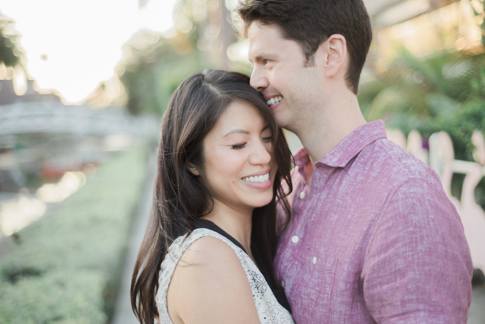 daisy&adam_venice_canals_engagement_session_photography_los_angeles_based_wedding_photographer-8.jpg
