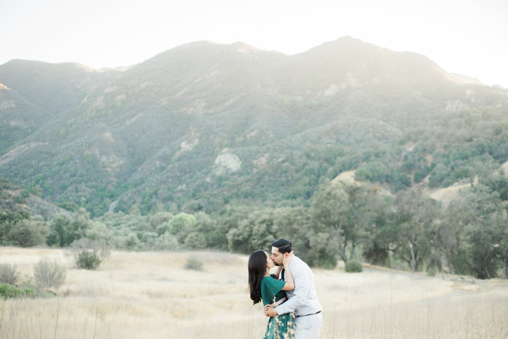 mariela&javier_malibu_creek_state_park_engagement_session_fine_art_wedding_photographer_los_angeles-1.jpg