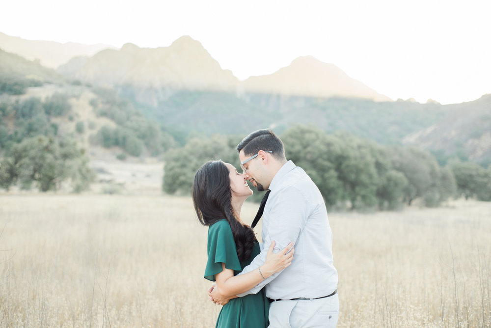 mariela&javier_malibu_creek_state_park_engagement_session_fine_art_wedding_photographer_los_angeles-3.jpg