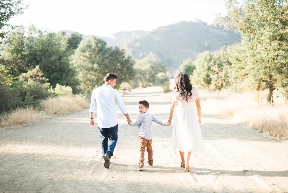 engagement-session-malibu-creek-state-park-wedding-photographer-los-angeles-2.jpg
