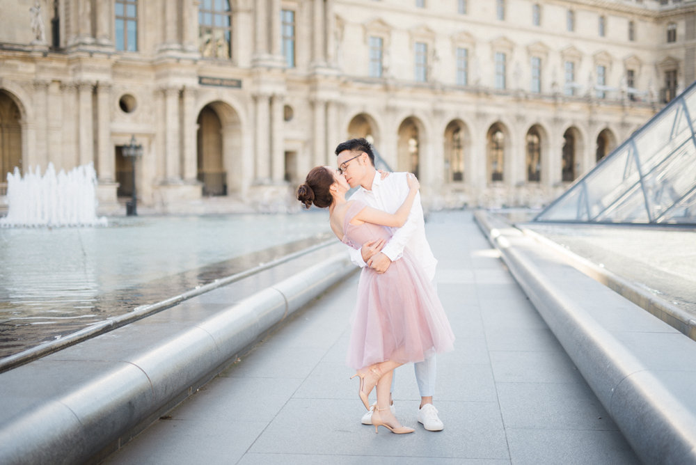 southern_california_wedding_photographer_engagement_session_paris_eiffel_tower-10.jpg