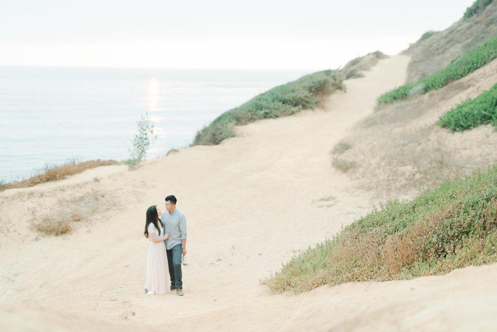 Palos_Verdes_Beach_Engagement_Session_Los_Angles_Fine_Art_Wedding_Photographer-11.jpg