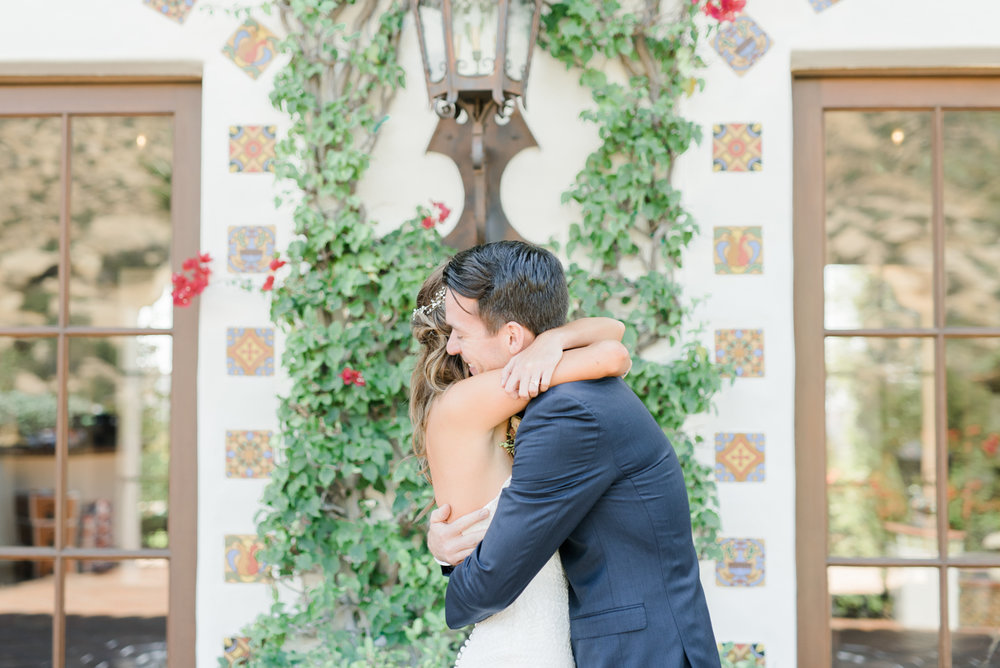 Hummingbird_Nest_Ranch_wedding_film_photography_los_angeles_photographer-11.jpg