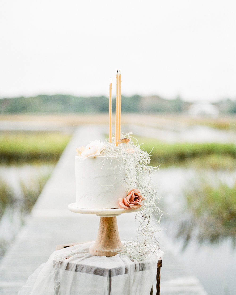 AKP_Film_wedding_photographer_los_angeles_river_oaks_south_carolina_romantic-16.jpg