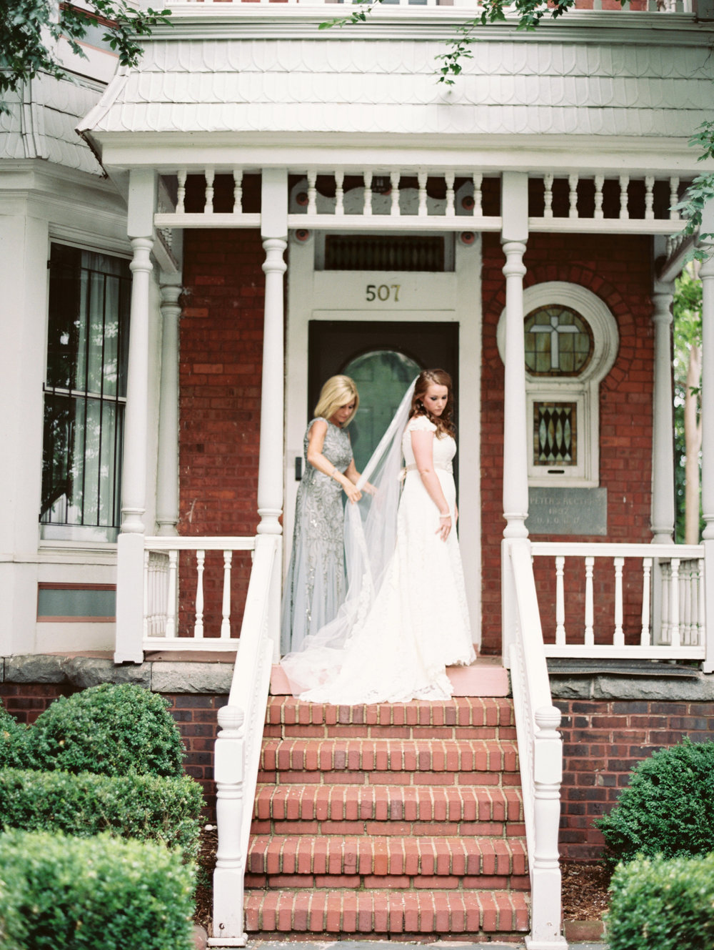 View More: http://laurenrosenauphoto.pass.us/kateandphillip