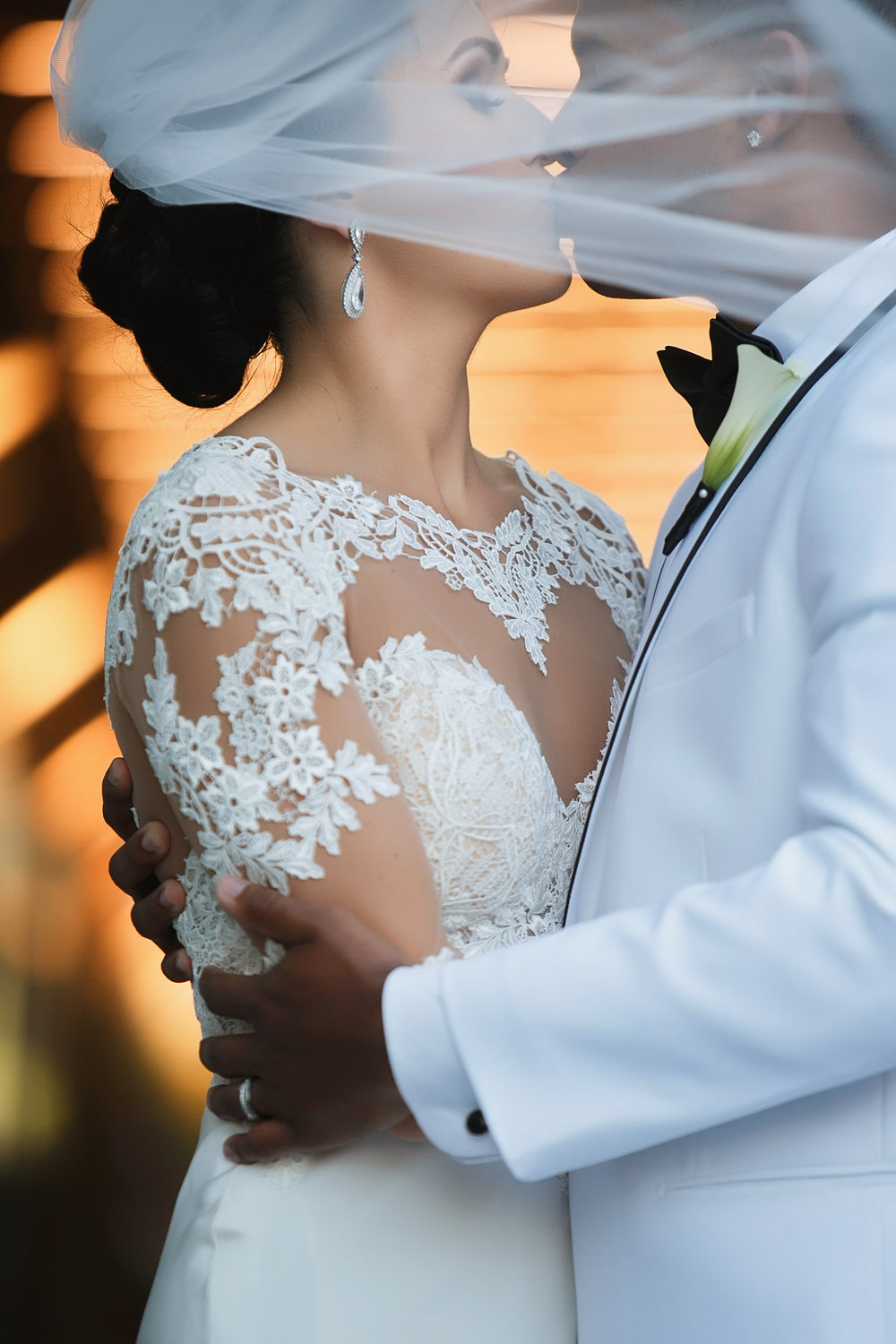 PeacockWedding625.jpg