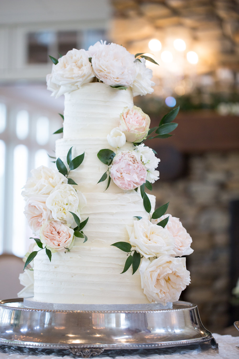 Charlotte North Carolina Wedding, Trump National Golf Course Wedding, Lakeside wedding, Blush Ivory and Greenery Wedding Design, The Graceful Host, Classic Wedding Cake, Wedding Cake Flowers, Elegant Wedding Cake, Wedding Cake Design, Peony Wedding, Spring Wedding