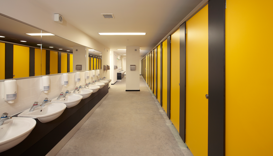 Heavy duty toilet cubicle system