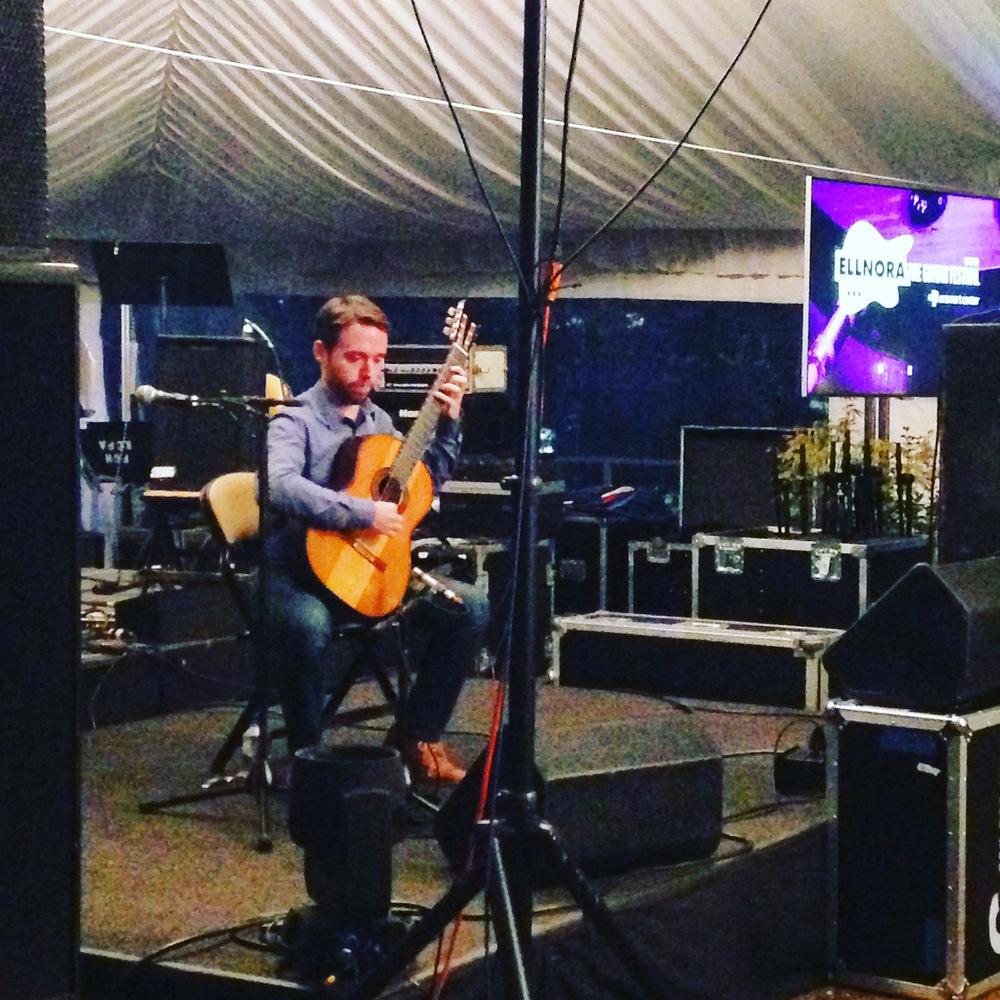 Colin Davin popup concert