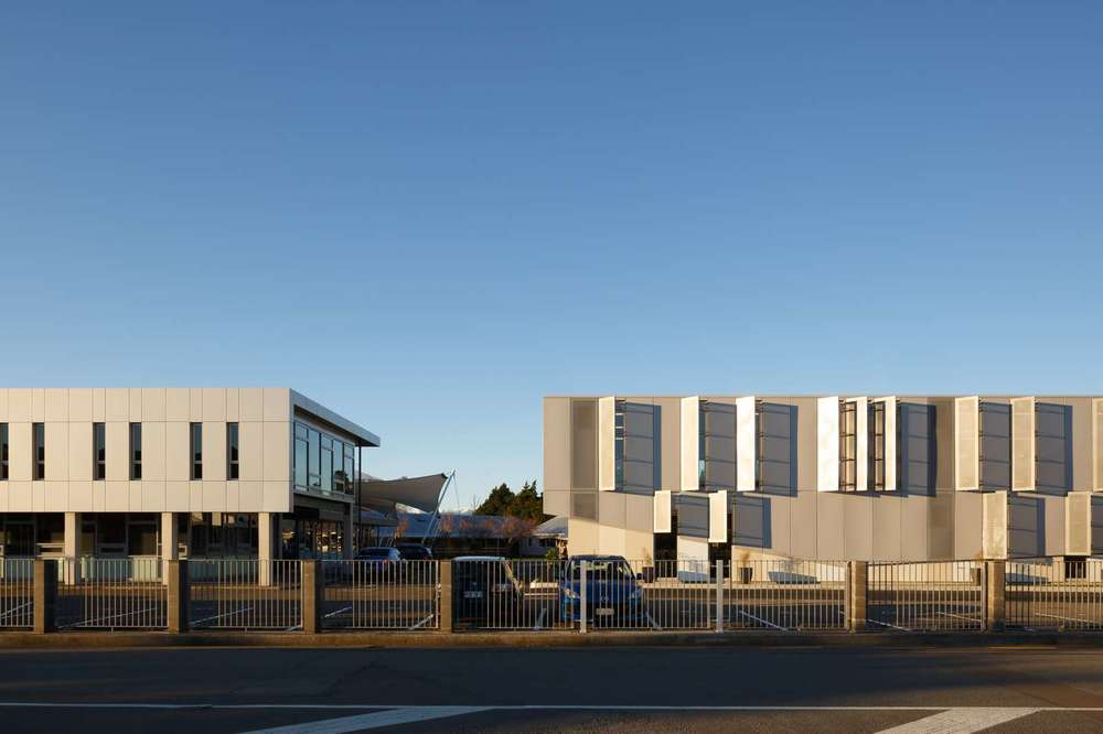 Hutt International Boys School: Block M