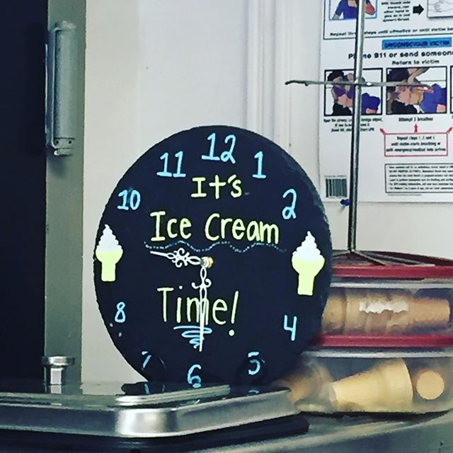 Whenever someone asks you what time it is... . . . . . #icecream #foodstagram #delicious #icecreamoclock #dessert #clock #instagood #yum