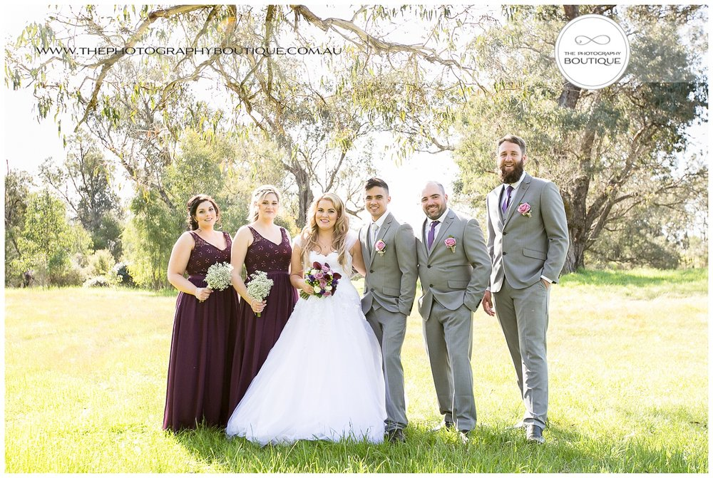 bridal party portrait at roelands wedding