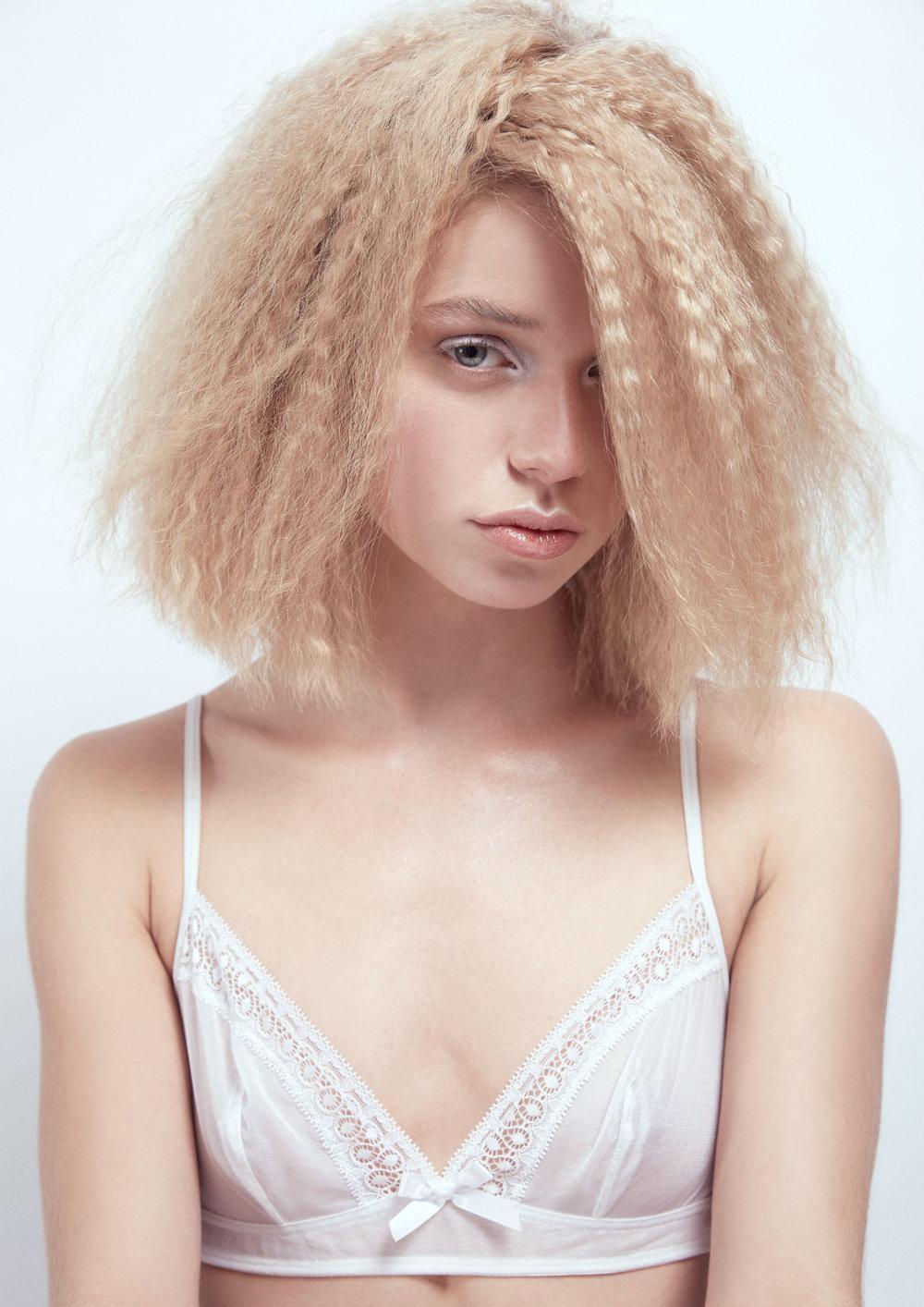 Hair-White2202.jpg