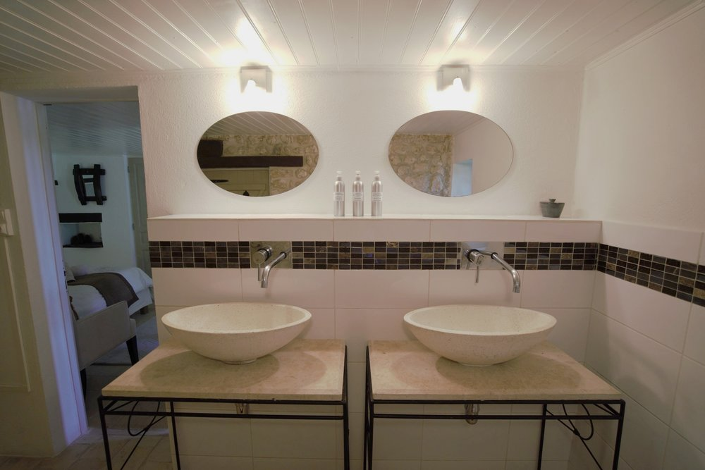 Twin stone basins
