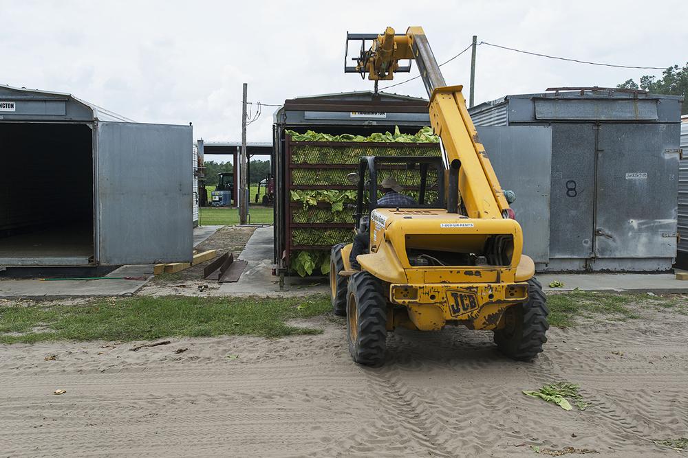 Loading a Barn.jpg