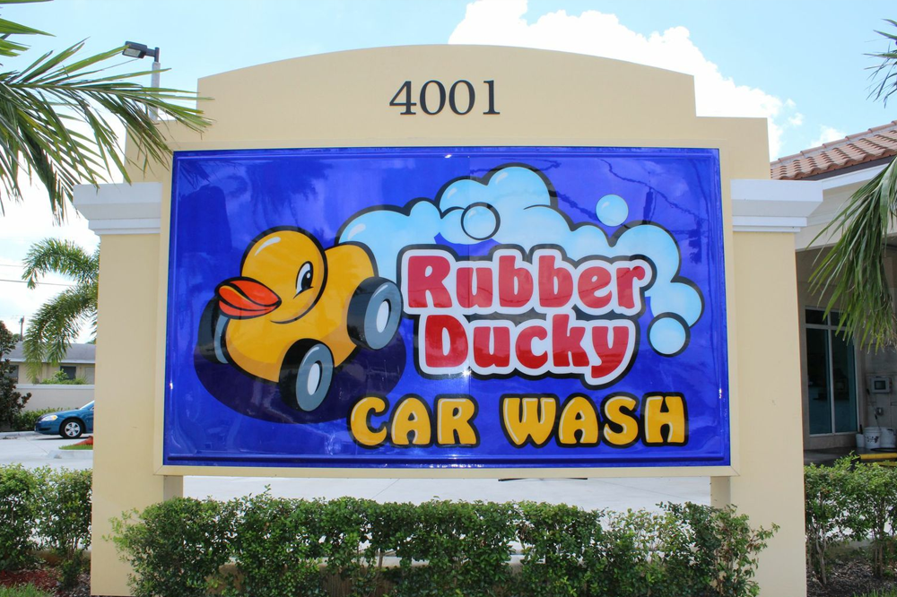 Rubber-Ducky-Car-Wash-West-Palm-Beach.png
