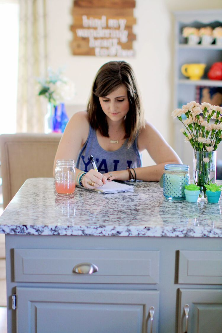 Jessica Rayome Lifestyle Blogger Home Decor