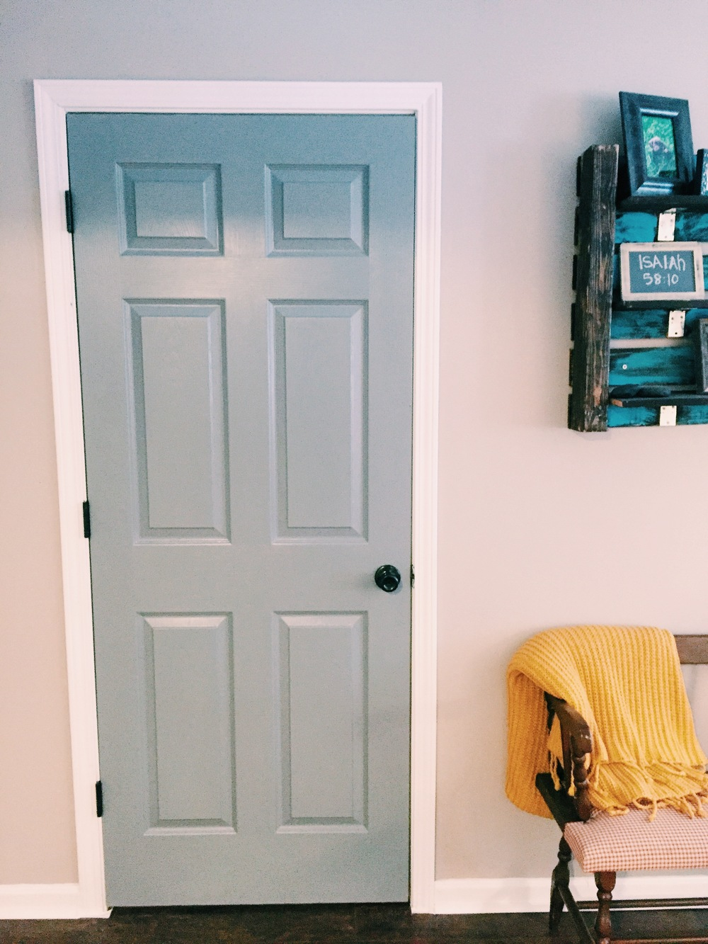 Interior Door paint interior doors photographs : Why You Should Paint Your Interior Doors Dark — Jessica Rayome