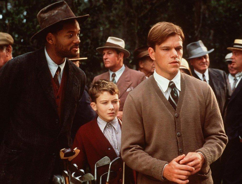 Will Smith, Matt Damon and some kid in  The Legend of Bagger Vance  (Source:  ecartelera.com )