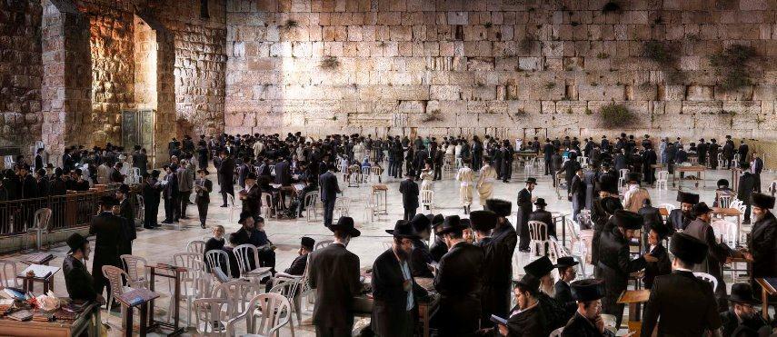 Christian-Voigt-Wailing-Wall-Jerusalem-Israel-122-x-250-cm-2013-ed-of-7.jpg