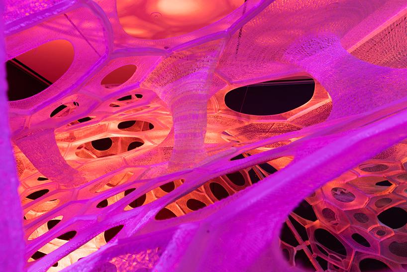 polythread-knitted-textile-pavilion-jenny-sabin-cooper-hewitt-design-triennial-designboom-011.jpg