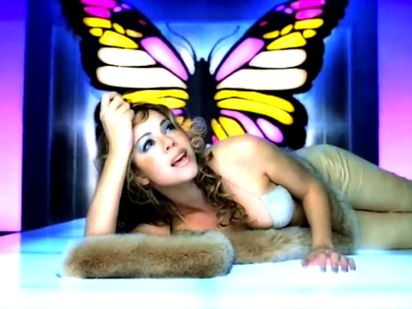 mariah-carey-butterfly-blue-eyeshadow-portable.png