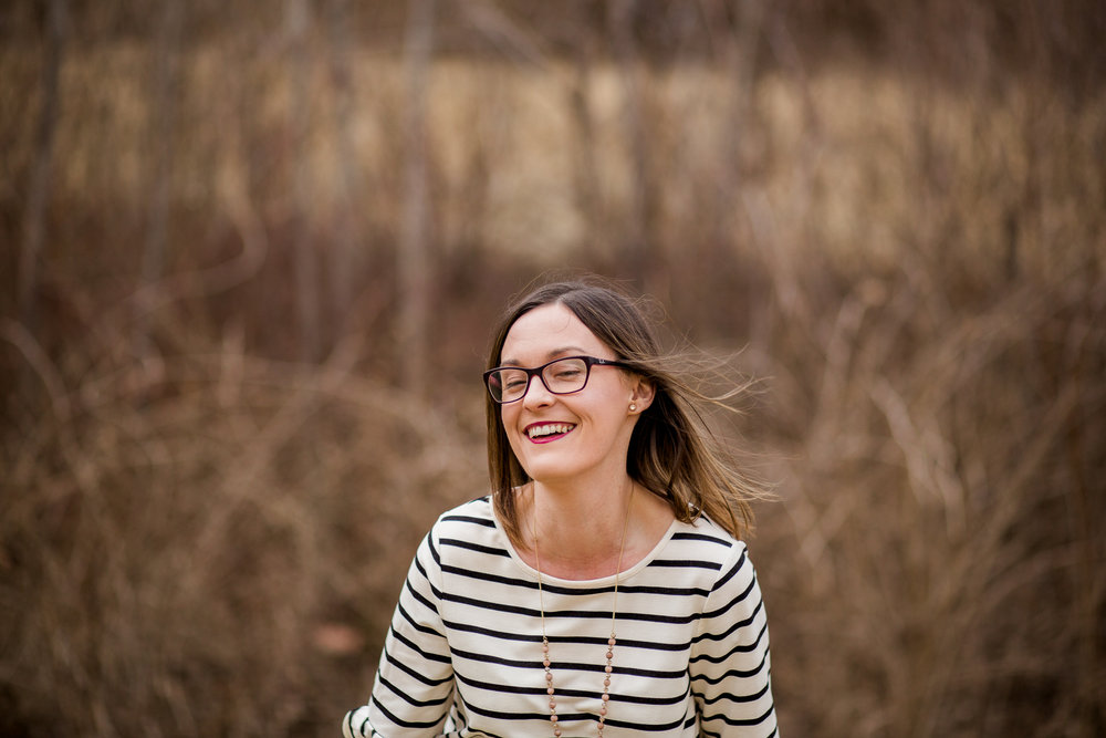 Candid portrait of woman laughing, Kansas City lifestyle photographer, Kansas City senior photographer, Kansas City small business headshots, Kansas City lifestyle blogger, candid portrait, winter portrait session, Penn Valley Park