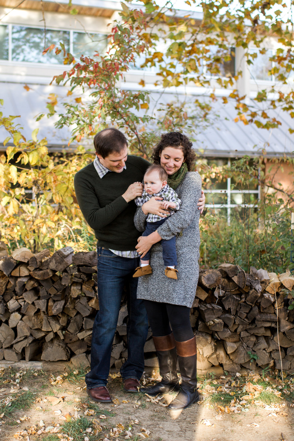 Kansas City lifestyle photographer, Kansas City family photographer, fall family session, autumn family session, family cuddling