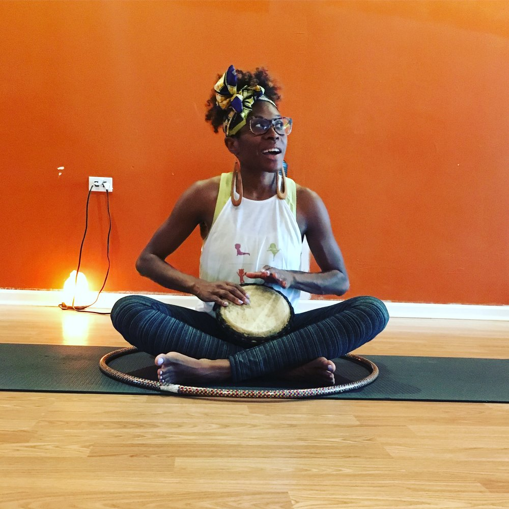 Nubia Henderson :: Family/Kids Yoga Instructor