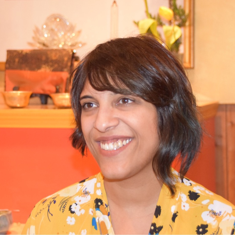Aarti Tejuja :: Mindfulness Meditation Instructor