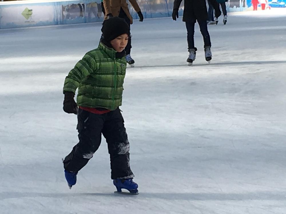 Ice skating18.JPG