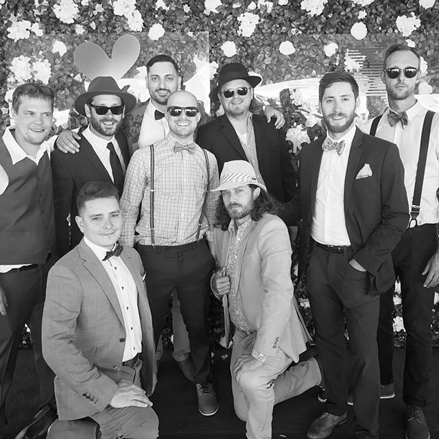 Our brat pack 🕶@packwoodgrand 🍾 BIG BIG thanks to  @rissakampf @tnrygus @c_edwards_ and their team for hosting another smashing event!! We can't wait for next year!! 🥂 🍾 🍾 🍾 🍾 🍾 🍾 . . . .  #champagnecampaign #bratpack #packwoodgrand #veuveclicquotecanada #yyc #yycnow #pinkandrhino #dreamteam #entrepreneurs #ootd #packwood2017  #stayclassy  #yycevents #calgaryevents #yycliving #summer17 #veuve #derby #derbystyle #horseracing #dayattheraces #derbyfashion #sociality #403 #classycanadians #stylegram  #gentlemenstyle #fashion #raceday #throwback