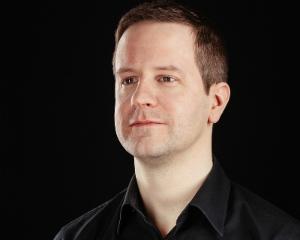 Roland Memisevic Twenty Billion Neurons CEO, Chief Scientist & Co-Founder Toronto, Ontario, Canada