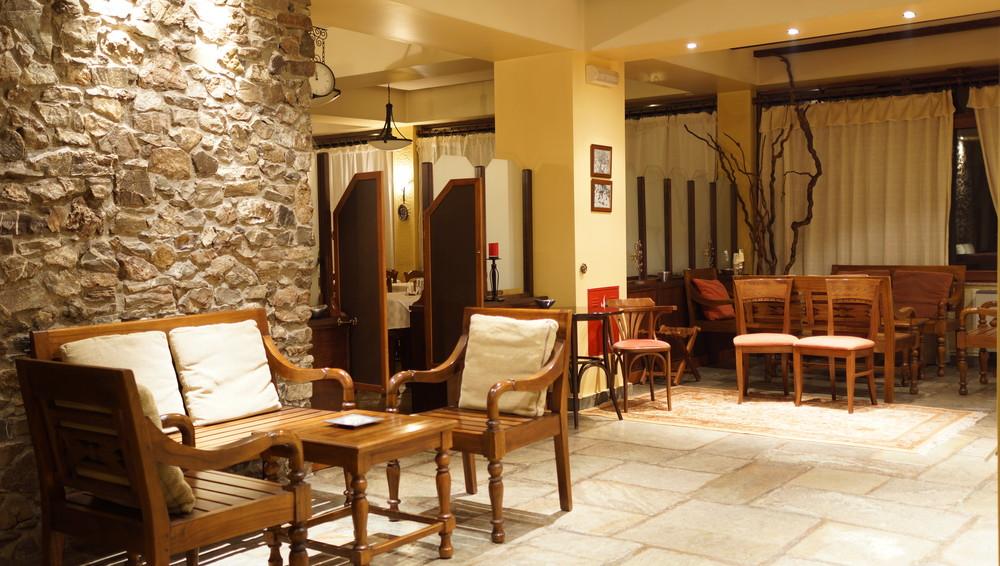 hotel_lobby1.JPG