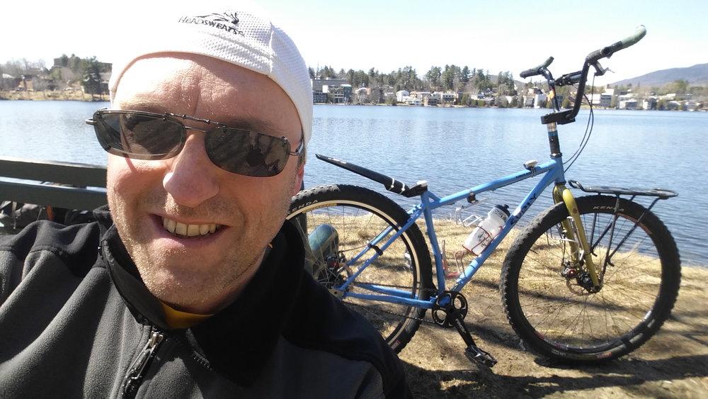 standing-cyclist-frank-cavaluzzi-ny-001