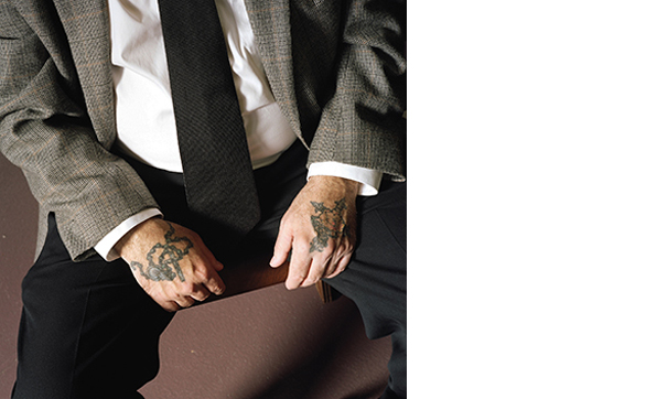 CHRISTIAAN LOPEZ-MIRO  Healing hands, 2008  25 x 25 inches C-print