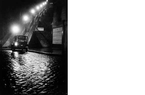 Rue Muller a Montmartre   Paris, 1934  14 x 11 inches  Gelatin silver print, printed later