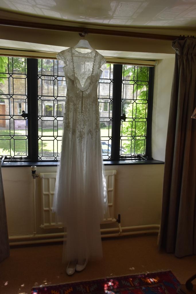 Bay Tree Hotel Wedding Burford Cotswolds-004.JPG