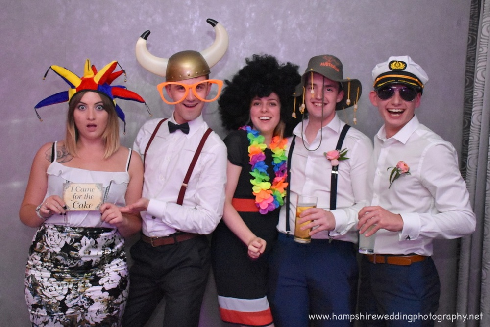 Hampshire Wedding Photobooth-02.jpg