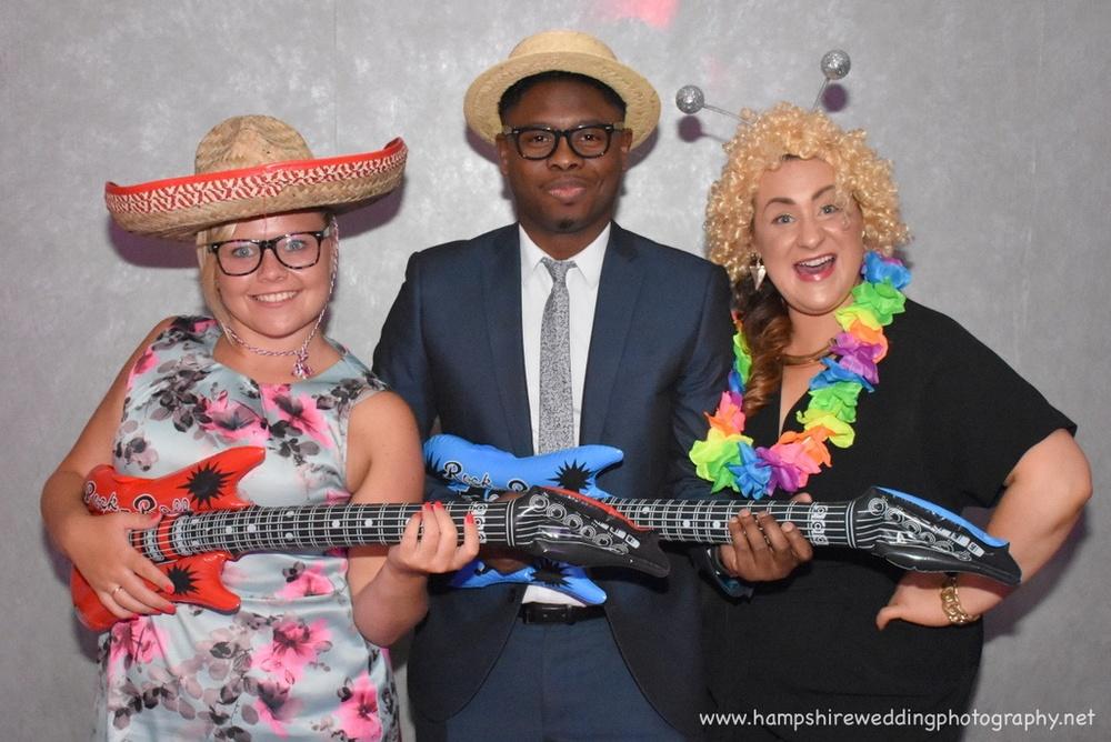 Hampshire Wedding Photography - wedding photographer hampshire 010