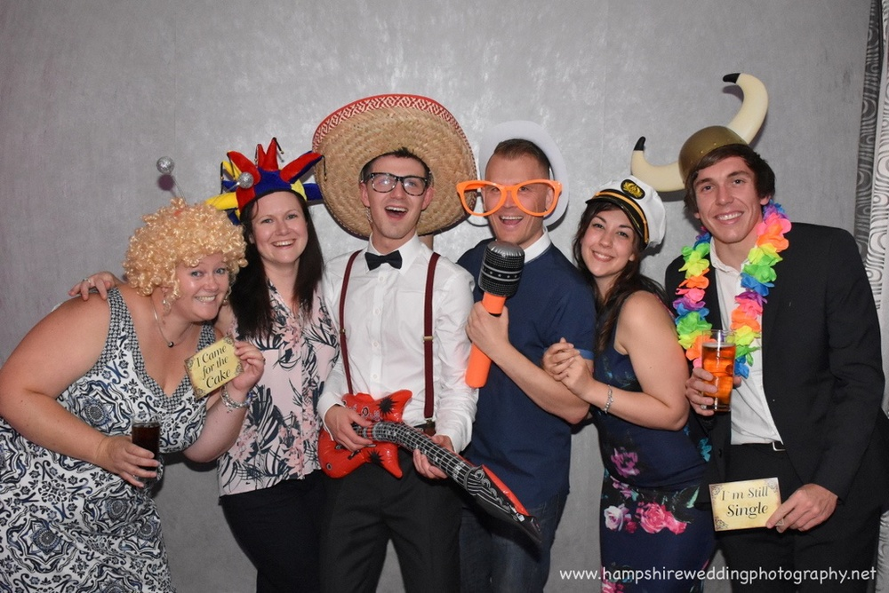 Hampshire Wedding Photobooth-14.jpg