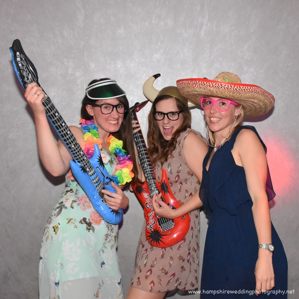 Hampshire Wedding Photobooth-17.jpg